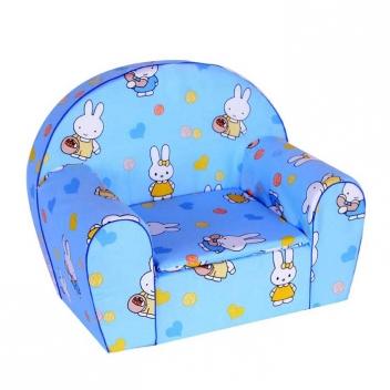 Kreslo do detskej izby s motívom zajačikov