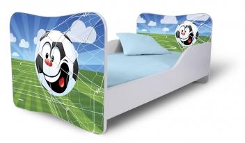 Detská posteľ s farebným motívom futbalovej lopty