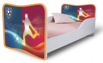 Detská jednolôžková posteľ so zábranou s motívom futbalu